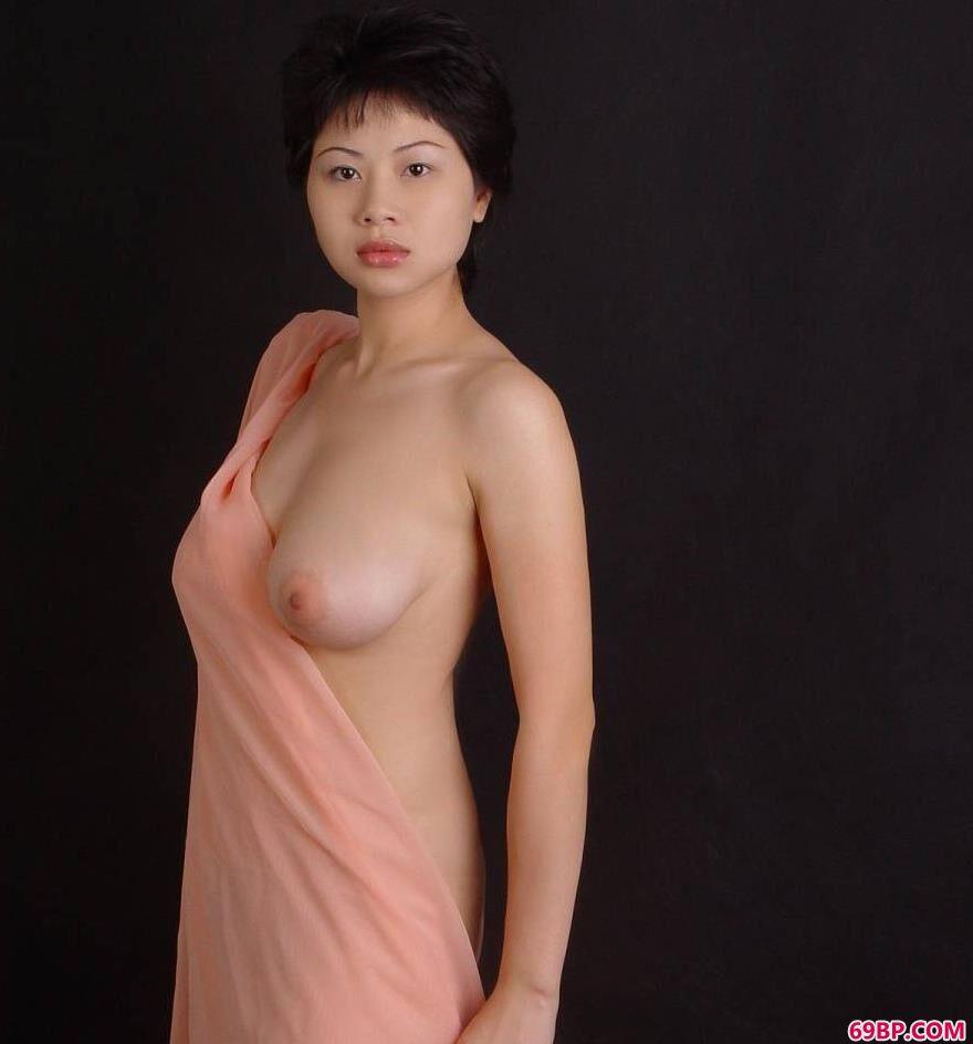 丰腴母性之美裸模塔塔